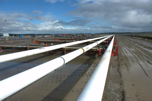 Reel lay pipe