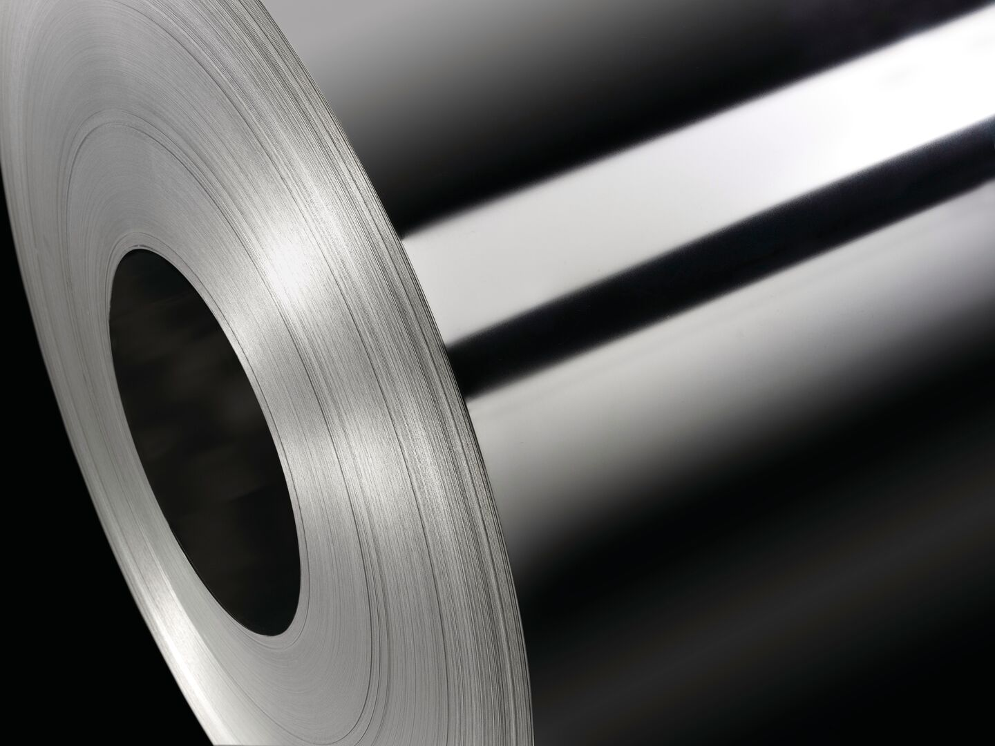 We supply a wide range of proven tinplate products for applications